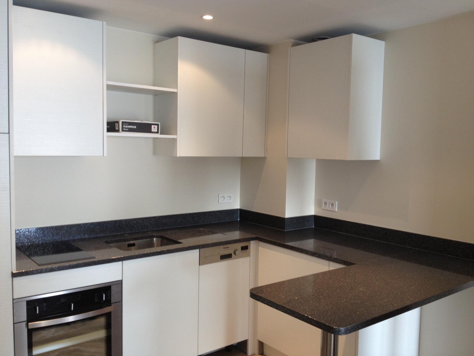 plan de travail de cuisine zirconium r alisation woodstone project. Black Bedroom Furniture Sets. Home Design Ideas