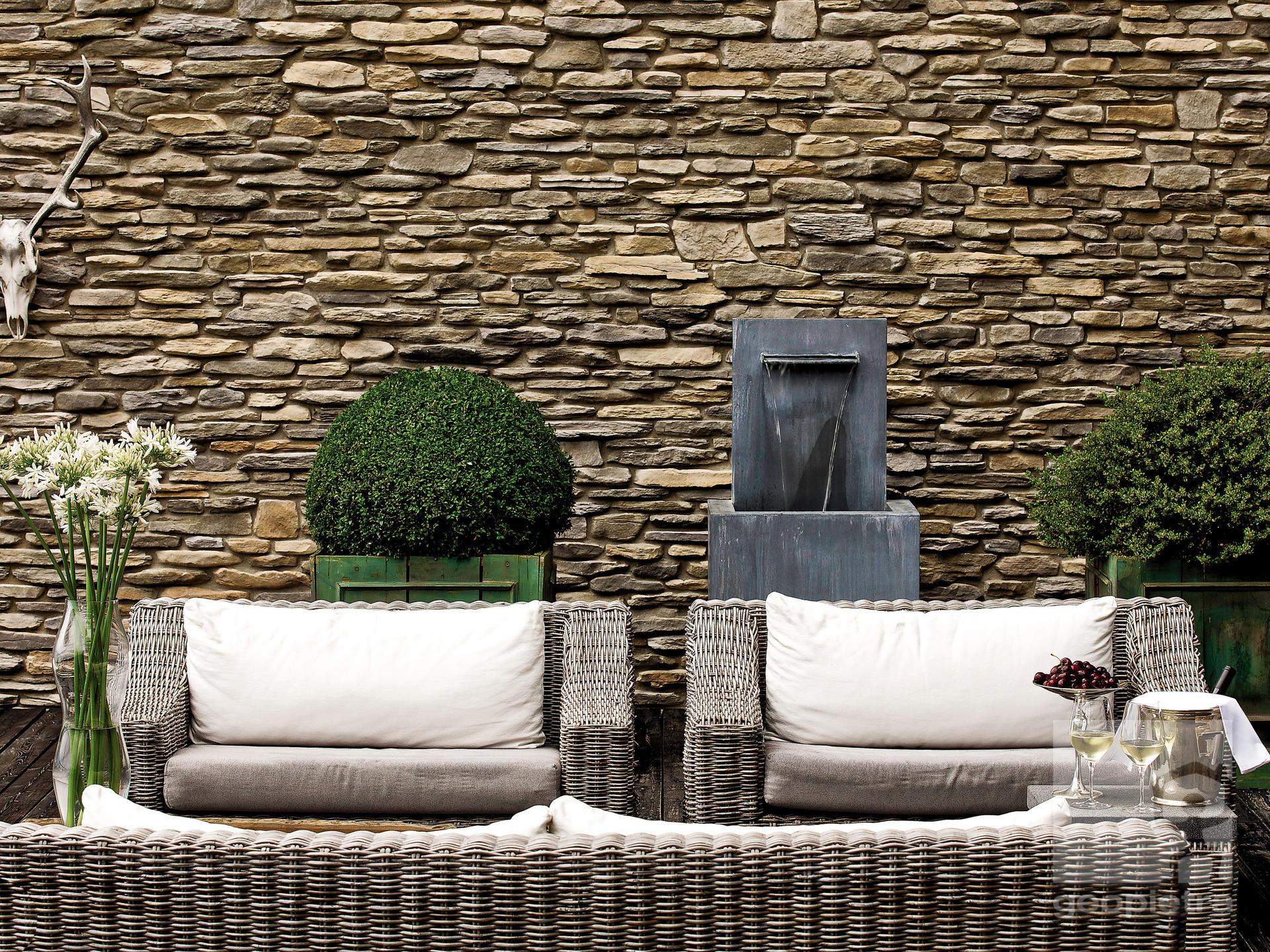 Patio intérieur en pierre
