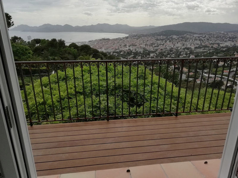 platelage bois sur balcon