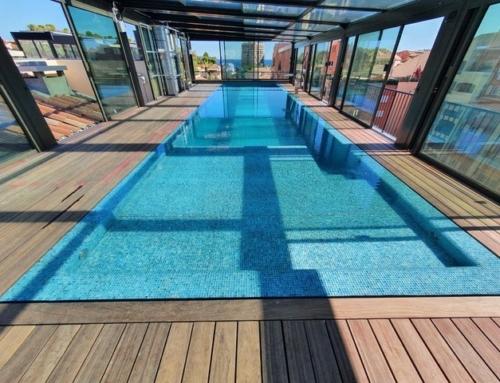 Réalisation deck piscine en bois exotique type padouk